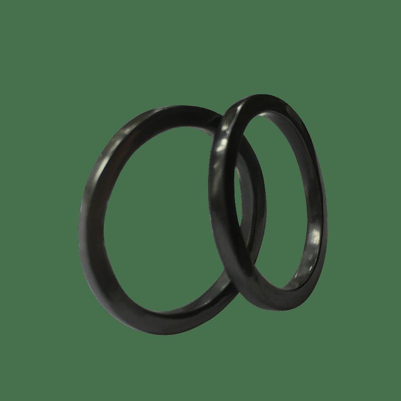 Pernille Müller – FIKS – sideringe i oxideret sølv 4