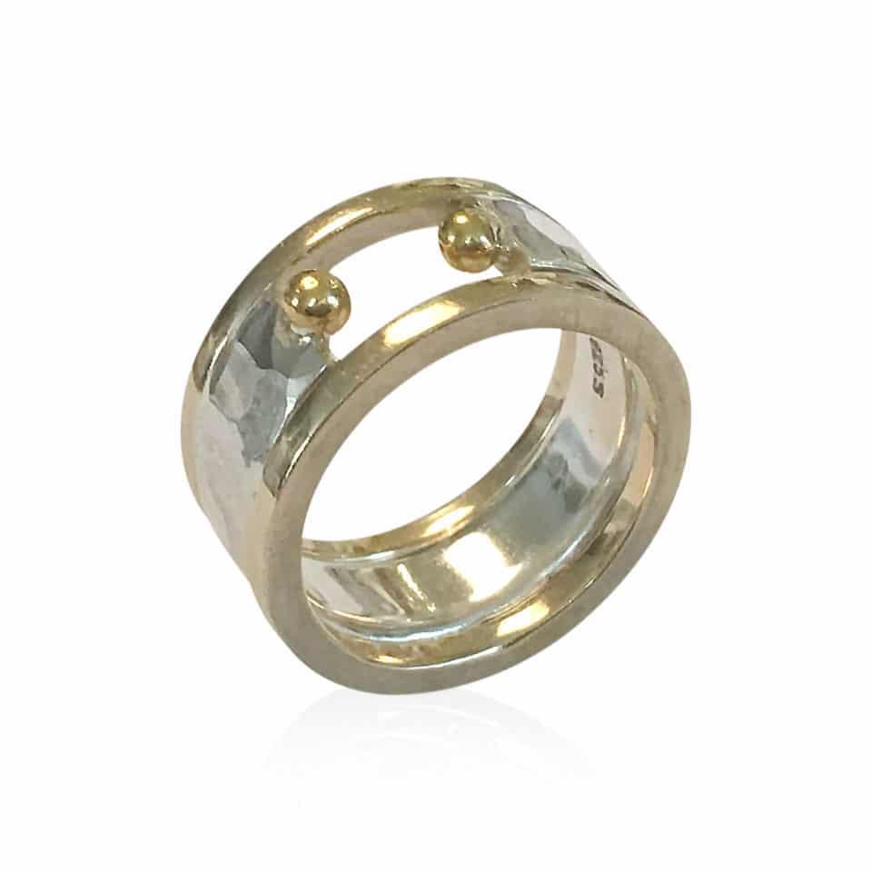 FRODIG åben ring i sølv og guld og FIKS sideringe i guld 2
